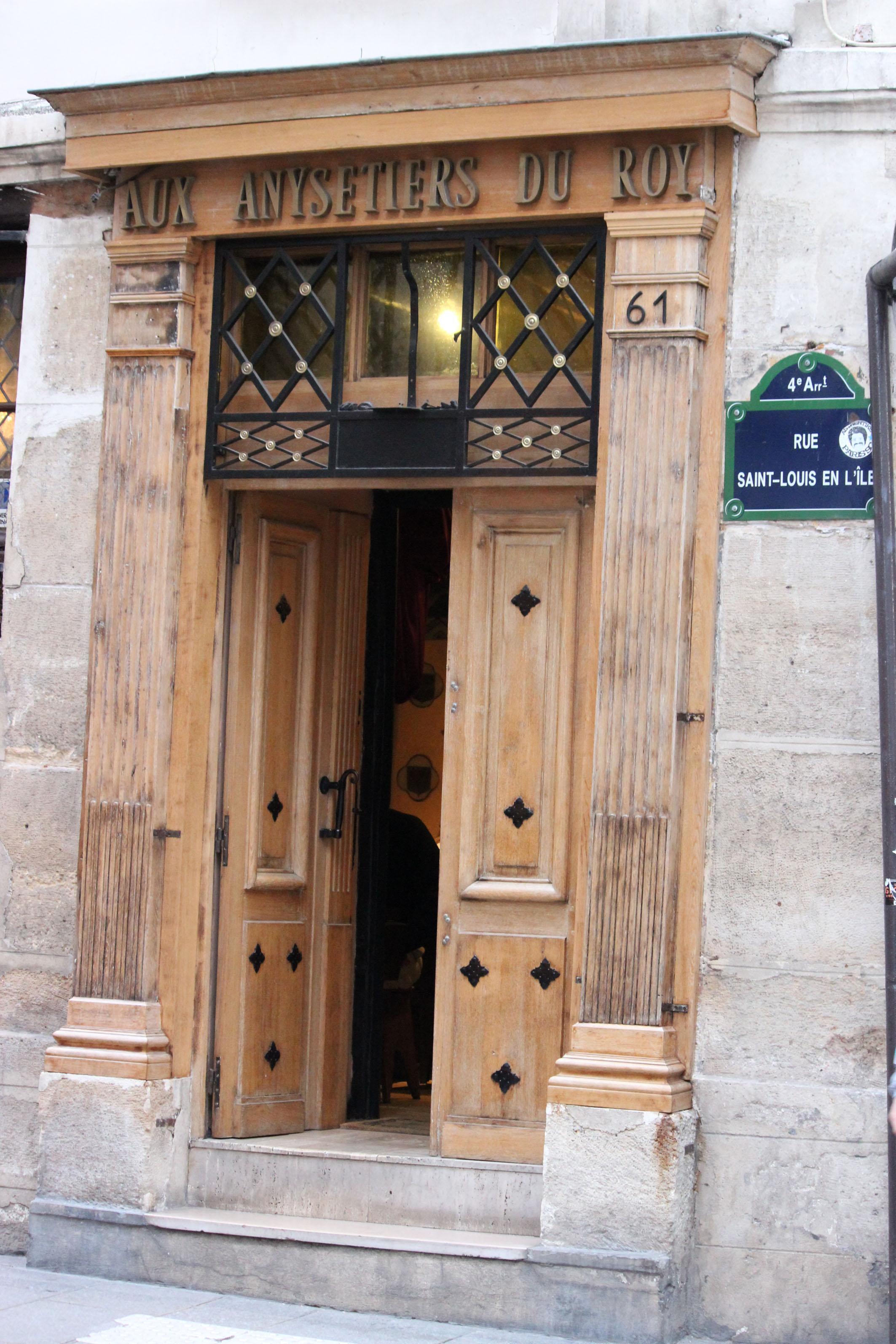Photographie - Paris - Aux Anysetiers du Roy - Violaine Martin Créations - Design textile - tissage jacquards, unis et velours - aquarelles botaniques - Hauts-de-France